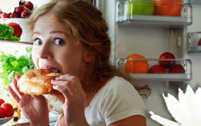 """Come distinguere la fame fisica da quella """"emotiva"""""""